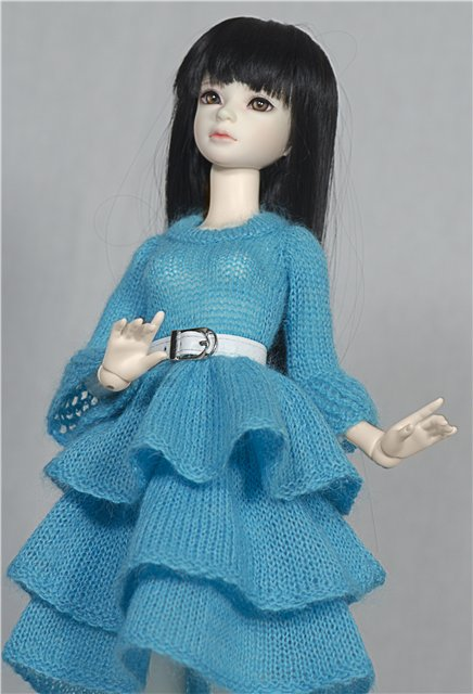 Платья для кукол бжд